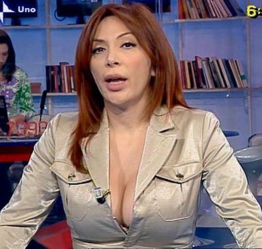 Sonia Grey Seno