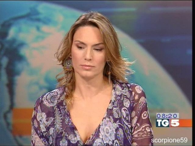 Domitilla Savignoni [174] TELEGIORNALISTE FANS FORUM
