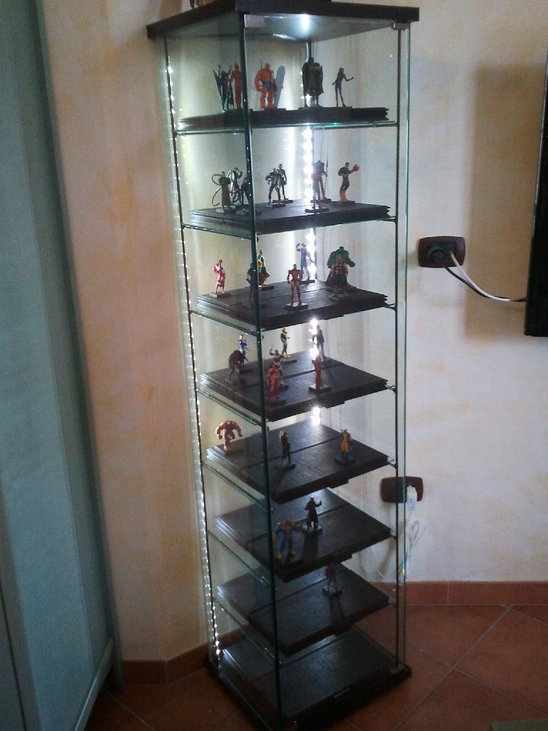 Detolf ikea consigli e customizzazioni forum for Ikea vetrine in vetro